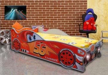 Mini autoletto a forma di Saetta McQueen (140x70)