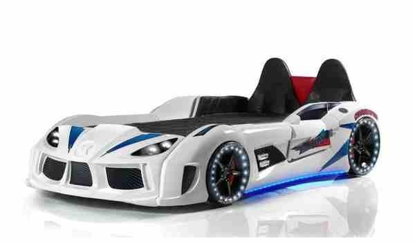 Letto A Forma Di Auto Da Corsa : Letto a forma di macchina con sedili a pelle in bianco u gtr